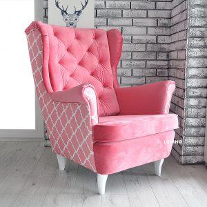 fotel w różową koniczynę